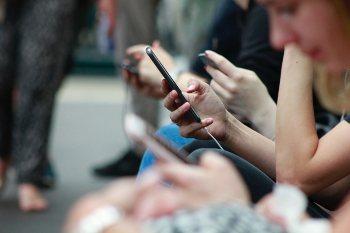 Ilmainen mobiili nopeustesti kertoo, missä kunnossa 4G tai 5G liittymän mobiilinopeus on.